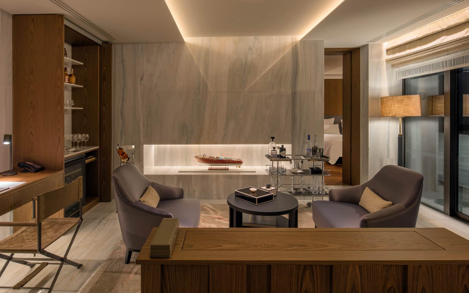 The-Amara-Suite-Bar-Area-1920×1201-s