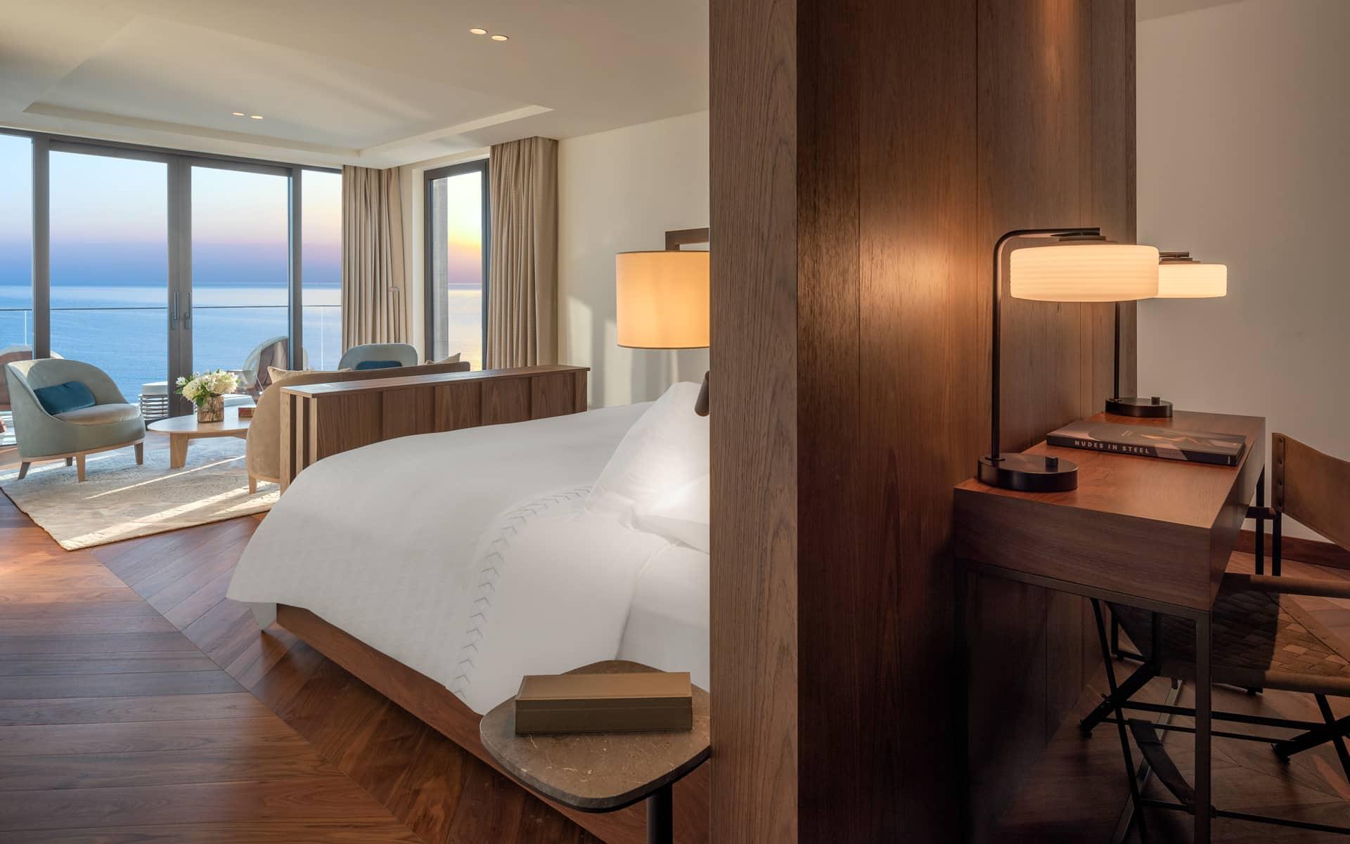 The-Amara-Suite-Bedroom-n°1-1920×1201-s