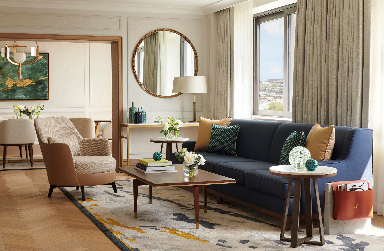 leonardo-1130290-Royal_Suite_Living_Dining_Room_O-960158